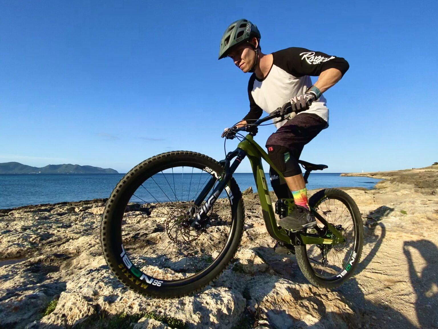 Bike Body Seperation in der MTB Fahrtechnik