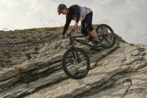 Bremsen ist eines der wichtigsten Elemente der Mountainbike Fahrtechnik